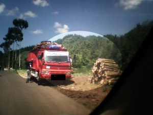 Pembalakan Hutan Cianjur Selatan
